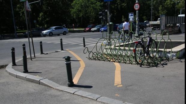 A început reabilitarea pistelor de biciclete