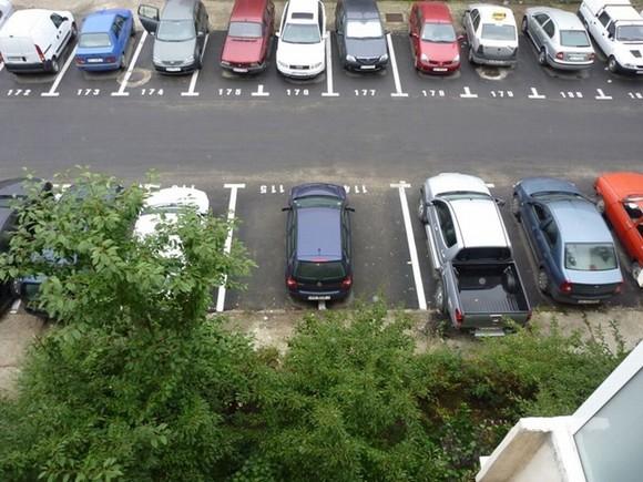 Reguli noi pentru locurile de parcare din sectorul 3