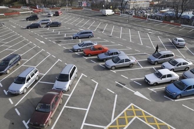 Negoiță scoate la licitație locurile de parcare. Primul venit - primul servit