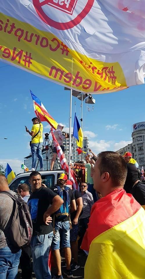 Mare protest al diasporei din 10 august nu a fost unul lipsit de incidente, deși cei prezenți la manifestație au anunțat că vor fi pașnici.