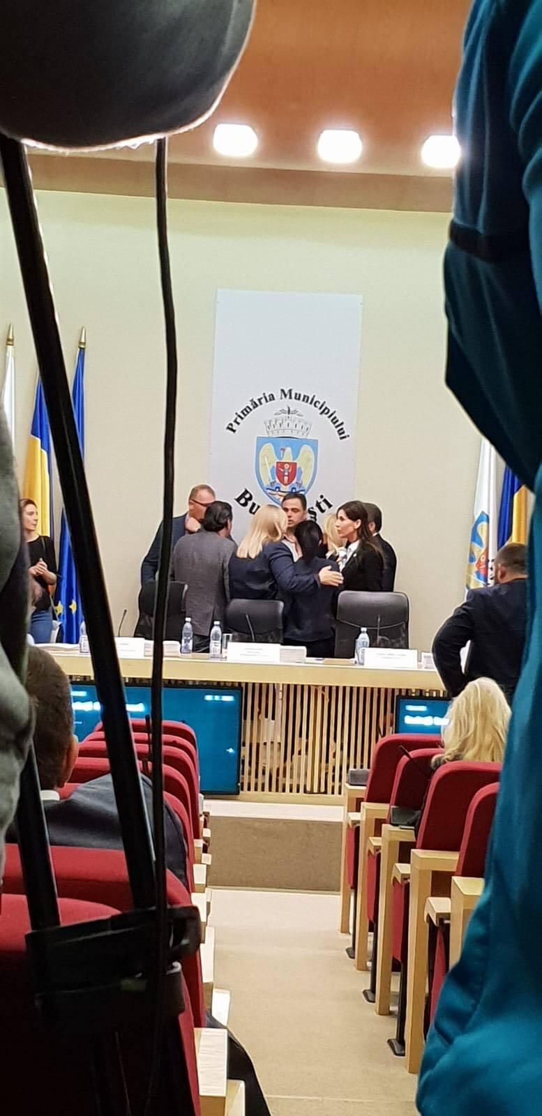 Aleșii generali PSD, ALDE, PMP și PNL Cel mai năpăstuit sector este condus de cel mai slab primar al Bucureștiului - Daniel Florea