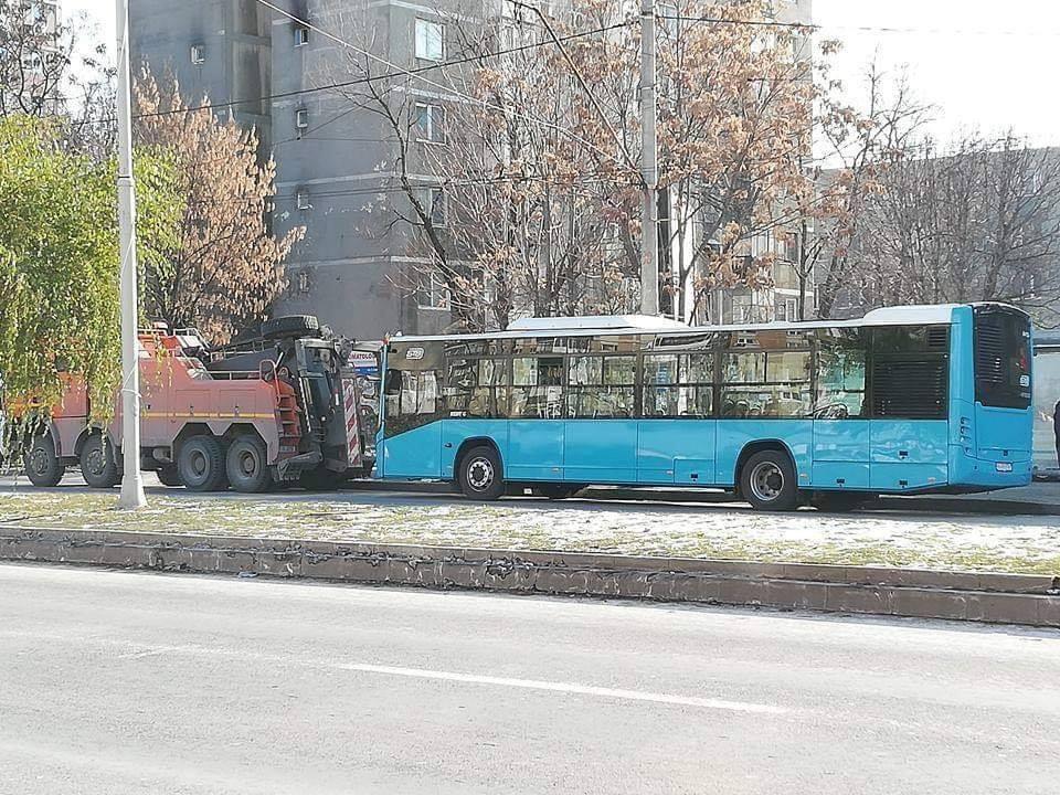 STB Cei care au reclamat autobuzele turceşti au probleme disciplinare şi vor să denigreze