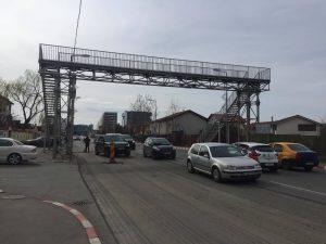 Gabriel Dumitrașcu Firea vrea pietonii pe pasarele suspendate. În orașul condus de soțul ei acestea au ruginit