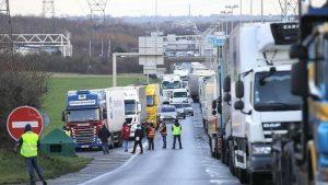 Trafic blocat de camioane